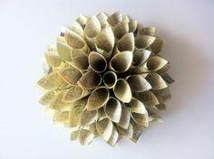 resultado-tutorial-DIY-corona-flor-dalia-papel.jpg (550×411)