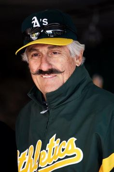 Rollie Fingers - a childhood memory of what sports stars should be like - a truly nice person.