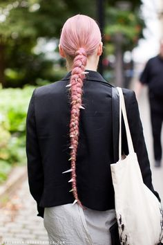 Oh if only my hair was this long I would b all over it !!!!!
