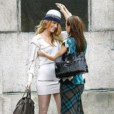 Blair Waldorf makes over Serena van der Woodsen's hat