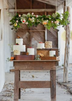Romantic Spring wedding ideas | Photo by  Apryl Ann Photography | 100 Layer Cake