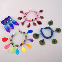 DIY Rainbow Loom Feather Charms! - See more at: http://www.thefeathergirl.com/#sthash.uuJV4WOJ.dpuf
