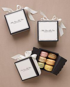 Macaron favours