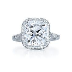 classic, engagement ring, platinum, round brilliants, vintage, sparkly, glamorous , elegant