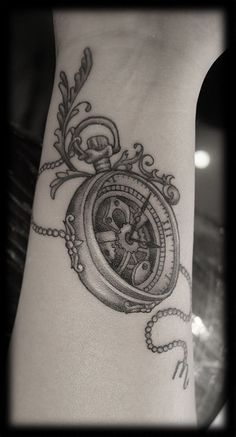 Custom-Black-and-Grey-Pocketwatch-Pocket-Watch-with-Chain-Wrist-Forearm-Tattoo-Design_tattoo-gallery.jpg 486×900 pixels