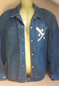 Mens second hand designer clothes mens used clothing on for Bleach nice vibe shirt