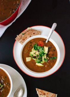 Spicy vegan black bean soup -