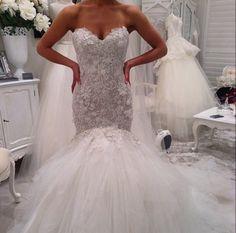 Dream garden wedding on pinterest pnina tornai wedding for Suzanna blazevic wedding dresses