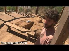 Natural building: a water-resistant earthen floor {video}