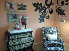 Big and bold patterns in this #nursery.  #blackandwhite #zebra #damask