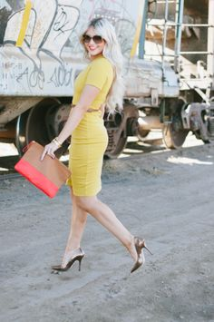 This mustard dress is a yes!