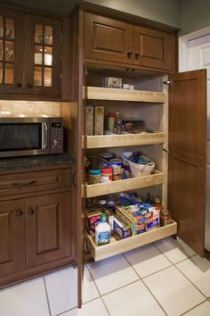 Pantry rollout option