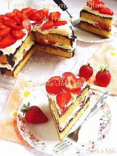 Culorile din farfurie: Tort cu capsuni, ciocolata si frisca
