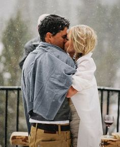 couple, couples photography, couples pictures, in love, engagement pictures, engagement photos, picture ideas, snowing