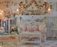 Finest Victorian Roses _ Cottage Themed Decor