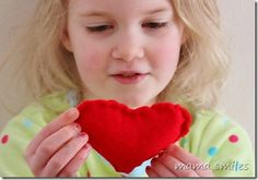 Let kids sew simple hearts from #felt for Valentine's Day