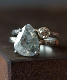 CUSTOM NATURAL CLEAR DIAMOND SLICE RING++ALEXIS RUSSELL
