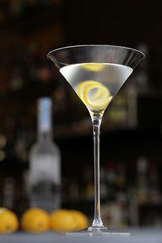 diy cocktail, london, cheer, delici diy, diy drink, recip, queen martini, cocktails, cocktail week