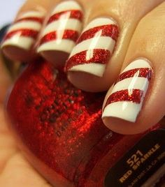 candy cane nails, perfect for Christmas