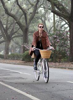 Biking through Savannah, GA • A Visitor's Guide