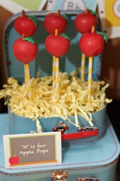 Perfect little apple cake pops #party #cakepops