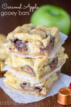 Caramel Apple Gooey Bars - made with Rolos! | crazyforcrust.com