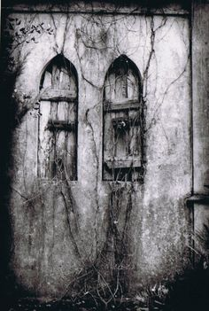eeri, old furniture, ruin, shutter, old photographs, old windows, beauty, place, black