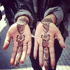 simple henna design, mehendi