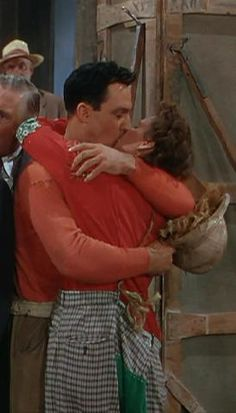 Summer Stock (1950, Gene Kelly & Judy Garland kiss)