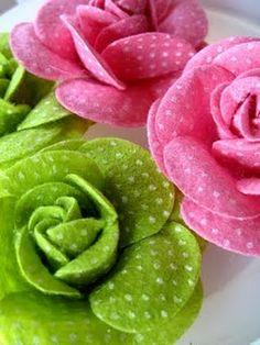 the dot, fabric roses, polka dots, crafti fish, felt rose