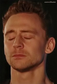 This is the most beautiful thing I've ever seen in my life. That single tear. Brb dying. TOM HIDDLESTON YOU JERK.