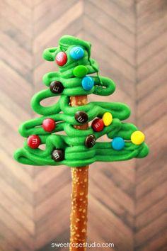Pretzel Christmas Trees-- so cute