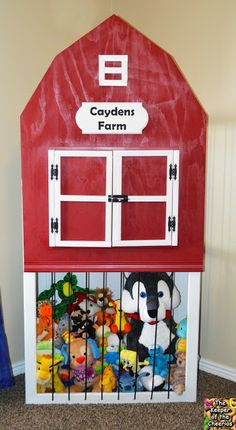 The Keeper of the Cheerios: Cayden's Farm- Stuffed Animal Storage Zoo