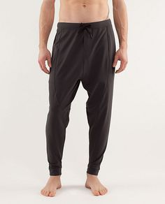 Men Lululemon For The People Pant.