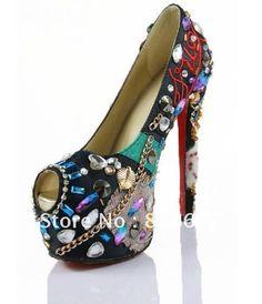 Google képkeresési találat: http://i01.i.aliimg.com/wsphoto/v0/566241019_1/New-Arrival-Luxury-Most-Popular-High-Heels-Platform-Shoes-Embroidery-Retro-crystal-Fish-Head-Red-Bottom.jpg