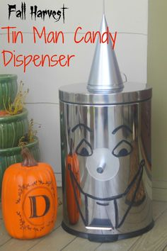 dreamingincolor: Tin Man Candy Dispenser