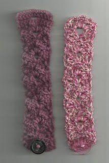 Lacy Fan Bracelet   AllFreeCrochet.com