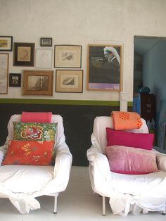 Graca Paz: a nice vignette (love these casually wrapped/sheeted chairs) Interior Design, Chair Covers, Apart Design, Modern Bathroom Design, Color, Graca Paz, Bathroom Designs, Bathroom Decor, Design Bathroom