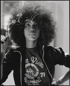 """""""People are uncomfortable with sexuality that's not for male consumption."""" — Erykah Badu"""