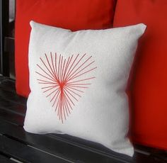 diy-valentine-pillows