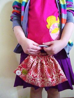 little girl purse from a fat quarter and 2 bracelets, so cute