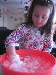Preschool - What fun we have!: How animals keep warm in Winter