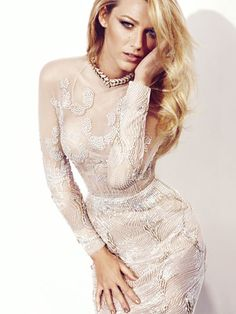 Blake Lively Fashion Pictures - Blake Lively Photos - Marie Claire