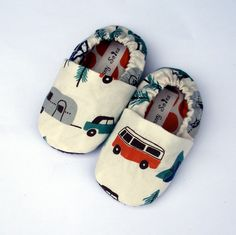Happy Camping Organic Handmade Baby Shoes Boy or Girl- Size 0 - 3 months Organic Baby Clothes Booties #baby #cute