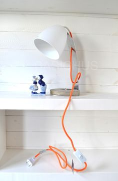 Table Lamp | BASICHUS SWEDEN