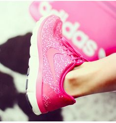 sparkly and pink...this would make me workout