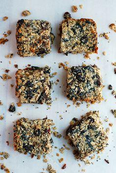 Chewy black mission fig granola bars / brooklyn supper #vegetarian #glutenfree