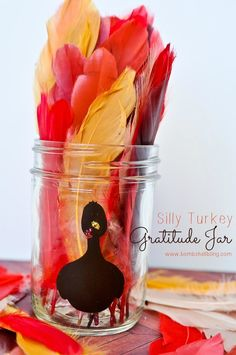 Teaching kids gratitude is easy with this silly turkey gratitude jar idea! Perfect for Thanksgiving! #thanksgiving