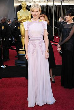Cate Blanchett at the Oscars. Givenchy.