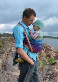 Girasol Northern Lights. Babywearing dad. :)